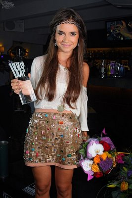 File:Miroslava Duma gold skirt.jpg
