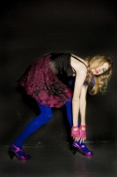 Hannah Murray bluetights 2.jpg