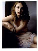Hannah Murray pajamas.jpg