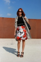 Taylor tomasi hill floral skirt.jpg