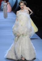 Christian Dior Spring Couture 2011 26.JPG